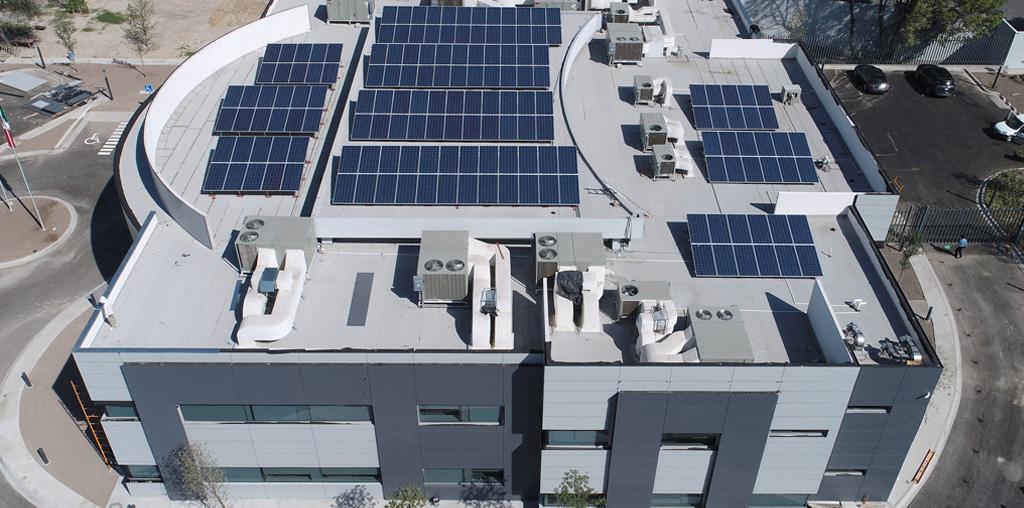 Las grandes empresas trabajan con energía solar fotovoltaica